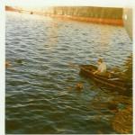 Hafenarbeit!!!! (Ein kühles Bad nach getaner Arbeit im Hafenbecken, heute schlichtweg undenkbar.)  (Buchholz 1969 /1970)